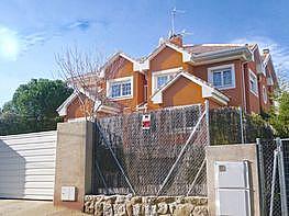 Casa adosada en venta en calle De Ortega y Gasset, La Navata en Galapagar - 359462281