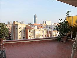 Ático en alquiler en calle Mallorca, Camp de l´Arpa en Barcelona - 335411236