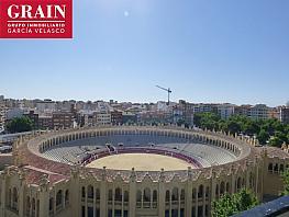 Piso en venta en calle Chicuelo II, Feria en Albacete - 355059574