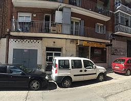 local comercial en venta en calle de gonzalo de berceo, pueblo nuevo en madrid