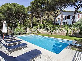 Casa en alquiler en Premià de Dalt - 374150503