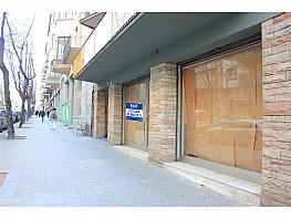 Local comercial en alquiler en calle Jacint Verdaguer, Vic - 397450033