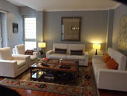 Casa en alquiler en Teo - 355306703