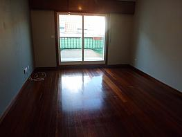 Piso en alquiler en calle Calvario, Calvario-Santa Rita-Casablanca en Vigo - 328545367
