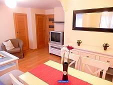 salon-piso-en-venta-en-calle-guarnicioneros-madrid-207498142