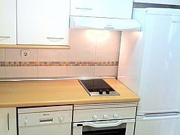 cocina-piso-en-venta-en-calle-pirra-madrid-225641780