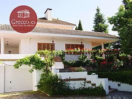 Chalet en venta en calle Tramontana, Albolote - 294964873