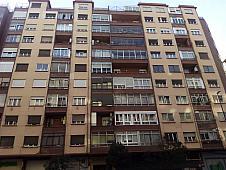 Fachada - Piso en venta en calle Manuel Escoriaza y Fabro, Ciudad jardín – Parque Roma en Zaragoza - 237204912