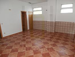 Local en alquiler en calle Rocinante, Tres Olivos-Valverde en Madrid - 351492667