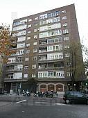 fachada-apartamento-en-alquiler-en-estebanez-calderon-castillejos-en-madrid-224808571