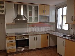Piso en alquiler en calle Marques de Villores, Centro en Albacete - 326651959