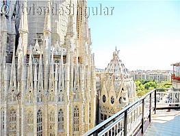 Ático en venta en calle Provença, La Sagrada Família en Barcelona - 283559995