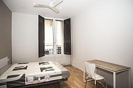 Piso en alquiler en calle Tallers, El Raval en Barcelona - 395881828