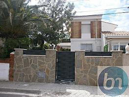 Bajo en alquiler en calle Tajo, Marysol en Roda de Barà - 377101424