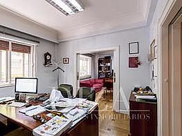 Pis en venda Lista a Madrid - 329622828