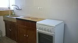 Piso en alquiler en calle , Albinyana - 359483104