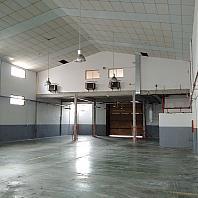Nave en alquiler en calle Cobalt, Almeda en Cornellà de Llobregat - 386159012