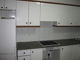 Petit appartement de location à Preses, Les - 357096180