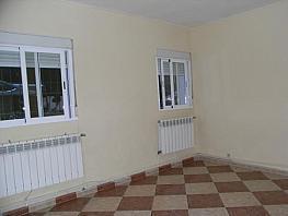 Piso en venta en calle Eugenia de Montijo, Vista Alegre en Madrid - 392985626