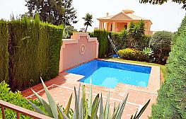 Casa pareada en alquiler en calle Cerquilla de Nagueles, Milla de Oro en Marbella - 311647438
