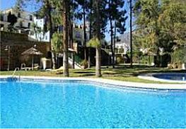 Casa pareada en alquiler en calle Lomas Marbella Club, Milla de Oro en Marbella - 335727506