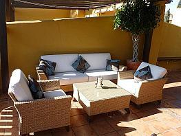 Casa adosada en alquiler en urbanización Arroyos Piedras, Nagüeles Alto en Marbella - 340778385