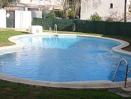 Casa adosada en alquiler en calle Ceuta, Playa de la Fontanilla en Marbella - 386165796