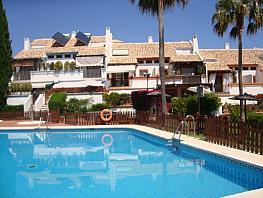 Casa adossada en venda calle De Los Jazmines, Urbanización las Cancelas-Valdeolletas a Marbella - 383151297