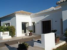 Chalet en alquiler en calle Alfonso Von Hohenlohe, Milla de Oro en Marbella - 209775457