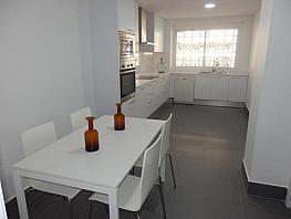Piso en alquiler en calle Alvaro de Bazán, Jaume Roig en Valencia - 317596083