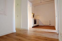 Wohnung in miete in calle Independència, Camp de l´Arpa in Barcelona - 377428541