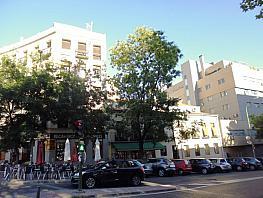 Flat for sale in paseo De Los Olmos, Acacias in Madrid - 329904172
