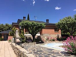 Casa en venta en calle Del Escorial, Escorial (El) - 301833040