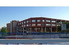 Büro in verkauf in calle San Maximo, San Fermín in Madrid - 136243041