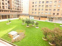 Piso en alquiler en calle Irunlarrea, Ermitagaña-Mendebaldea en Pamplona/Iruña - 343464316