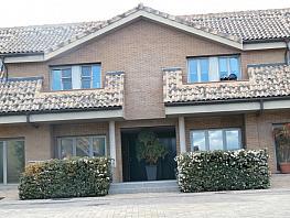 Casa adosada en alquiler en Urb. la Finca en Pozuelo de Alarcón - 366330303