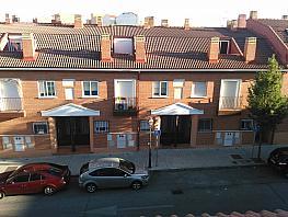Fachada - Piso en venta en calle Cardeñas, Navalcarnero - 322532960