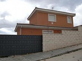 Casa en venta en calle Acebo, Cabanillas del Campo - 343736910