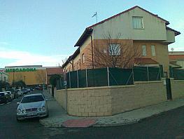 Casa adosada en venta en calle Greco, Cabanillas del Campo - 358448695