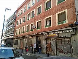 Fachada - Local comercial en alquiler en calle Monte Igueldo, Palomeras Bajas en Madrid - 370510966