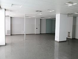 Geschäftslokal in miete in calle Sanchorreja, Lucero in Madrid - 388980724