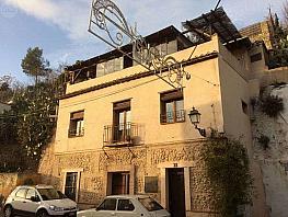 Casa en alquiler en calle Camino Nuevo del Cementerio, Genil en Granada - 376103165