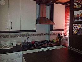 Piso en alquiler en calle Laureado Liopez Muñoz, Zaidín en Granada - 397619782