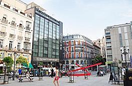 Local comercial en alquiler en calle Plaza Vazquez de Mella, Centro en Madrid - 350017755