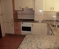 Piso en alquiler en barrio Alcalde Marchesi, Cuatro Caminos-Plaza de la Cubela en Coruña (A) - 310552756
