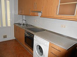 Piso en alquiler en barrio Rosalia de Castro, Ensanche en Coruña (A) - 335218197
