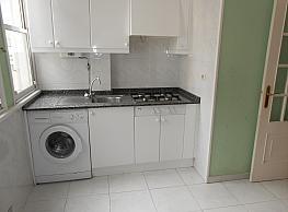 Piso en alquiler en barrio Panaderas, Monte Alto-Zalaeta-Atocha en Coruña (A) - 339452497