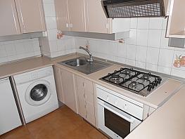Piso en alquiler en barrio Fariña Ferreño, Los Castros-Castrillón-Eiris en Coruña (A) - 352628318