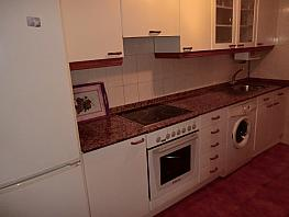 Apartamento en alquiler en barrio Fariña Ferreño, Los Castros-Castrillón-Eiris en Coruña (A) - 355072609