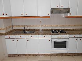 Piso en alquiler en barrio Ribados, Culleredo - 361140445